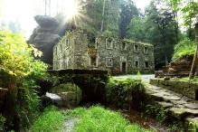 10 Dolský mlýn na řece Kamenici, foto V. Sojka.jpg